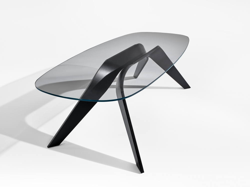 Preview of Alev V | Meeting Table | Clear Glass Top | M82 Onyx, Walnut Veneer Base