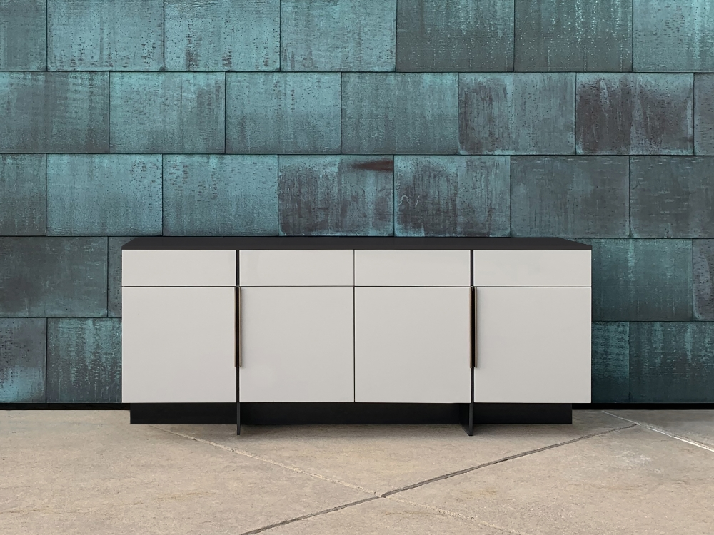 Preview of Forena | Credenza | Moonlight Lacquered Polyester | Satin Black Glass Top | Copper Background