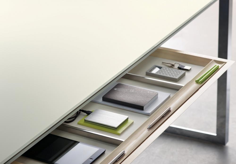Preview of Merino | Casegood | MS Meringue Satin Back-Painted Glass | Freestanding Desk