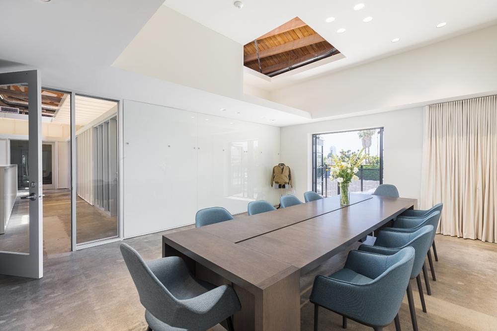 Preview of Preston | Community Table | Flaky Oak Veneer | Cedar Park Entertainment | OBERMREYER Architecture | Hauptli Haus Interior Design | @mrbarcelo Photography