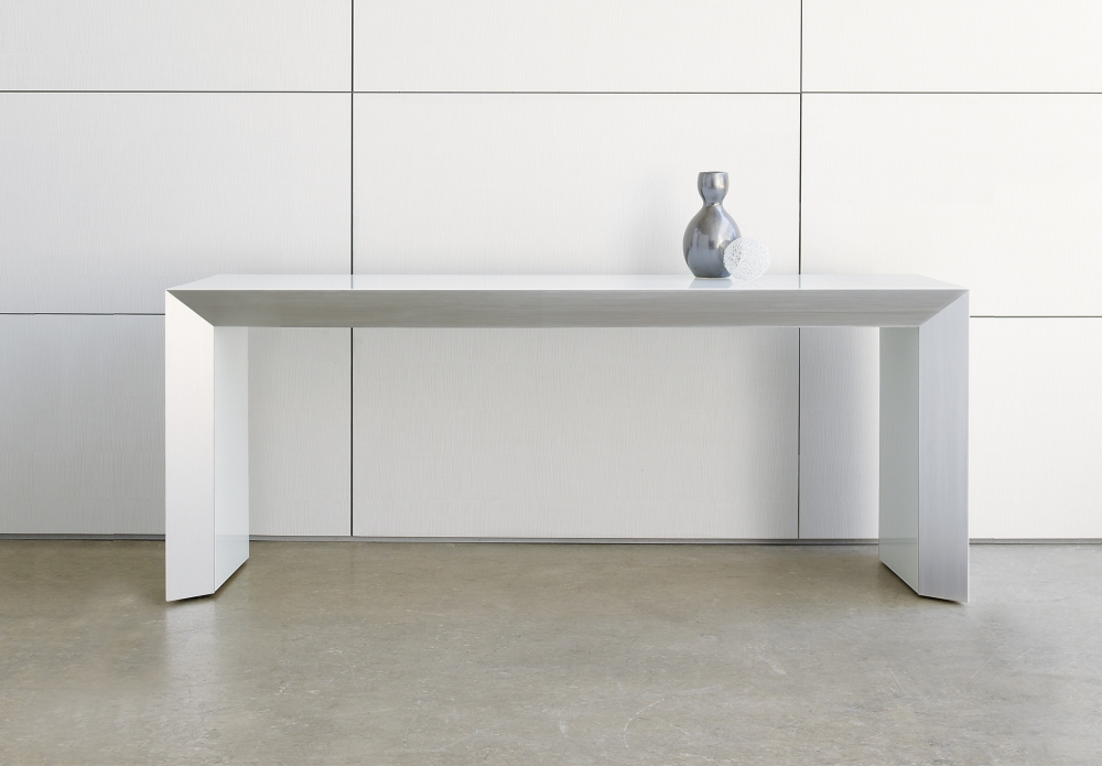 Preview of Tavola | Console | White Glass Top | With Vase