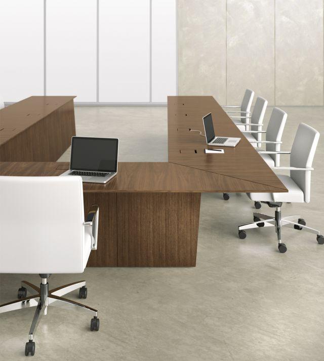 Ativa | Conference Table | M35 Marron Walnut Veneer | U Shape