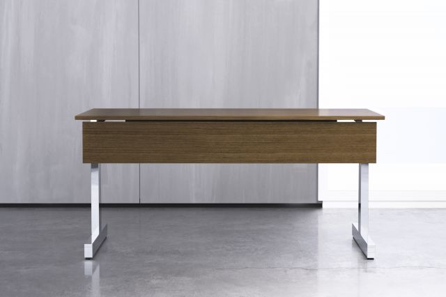 Fleet | Training Table | Edge-Mounted T-Leg | Veneer Modesty Panel
