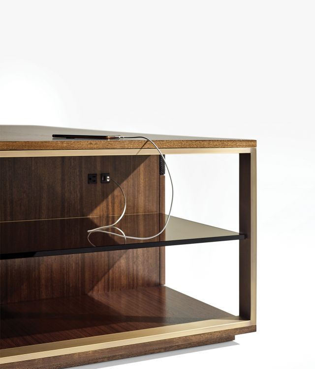 Forena | Media Island | M75 Thicket Paldao | Plated Bronze Details | Edge Detail
