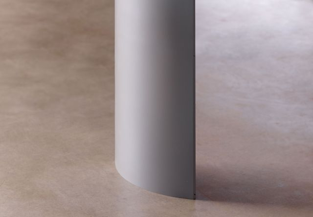 Kai | Conference Table | Foil Powdercoat Metal Leg | Detail