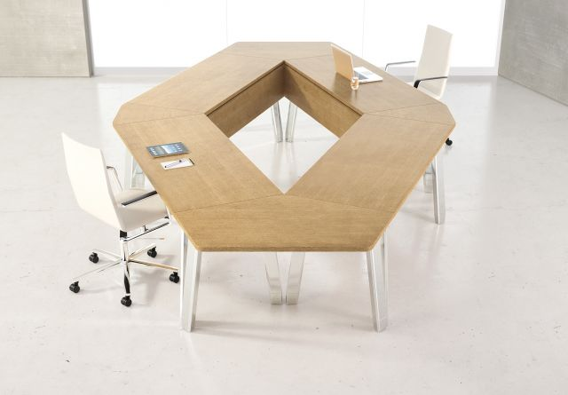 Agility | Reconfigurable Tables | Lines M08 Oak Linea Veneer | Bridge Top