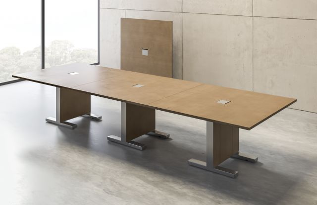 Approach | Reconfigurable Table | M08 Oak Linea Veneer | Conference Configuration