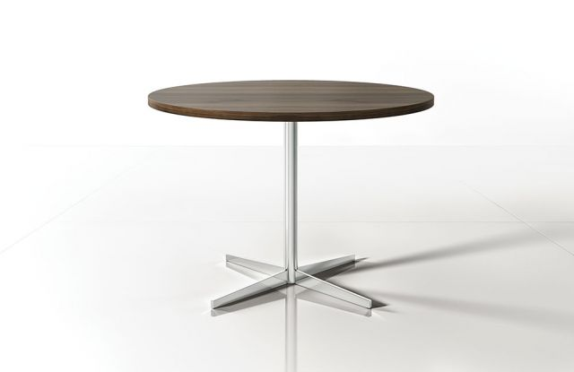 Cambium | Meeting Table | G31 Walnut Veneer | Polished Chrome Base
