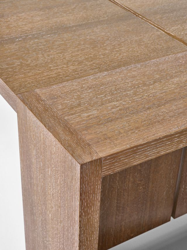 Preston | Community Table | Flaky Oak | End Detail