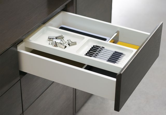Merino | Casegood | Drawer | G03 Carbon Rift Cut Oak Veneer | S8004 Cloud Paint Drawer