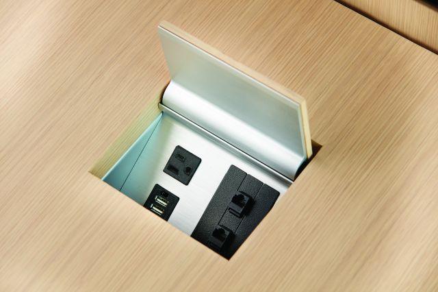 Power Matrix   M49 Angora Veneer   Veneer Matched Door   Small Size