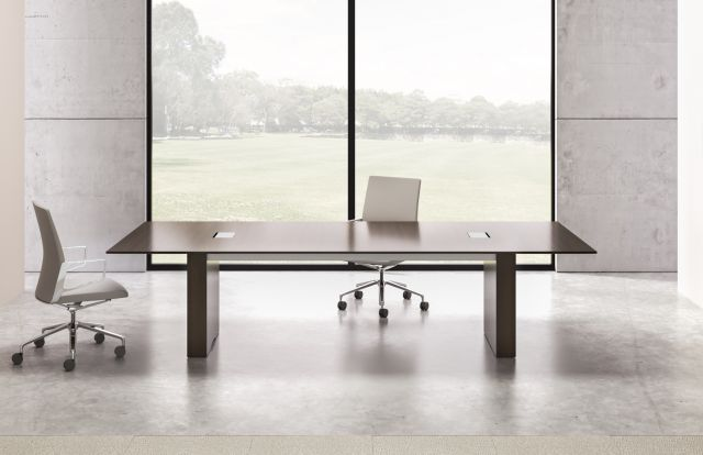 Flow | Conference Table | G25 Natural Walnut Veneer | Rectangle Base|  Medium Size Power Matrix