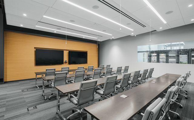 Fleet | Training Table | C-Leg | Zinc Veneer | Polished Chrome Base | Spirent Communications | Studio G | Photography: CORTEZ MEDIA GROUP, INC.