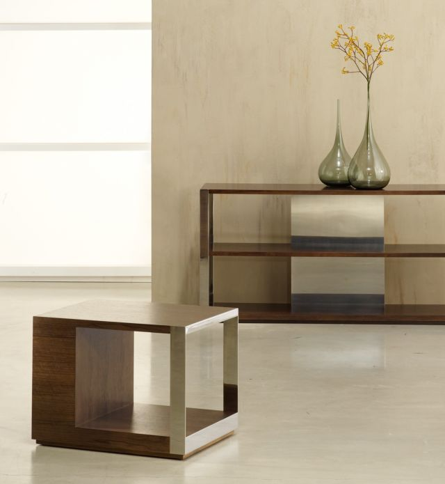 Talis |  End Table | G31 Otter Walnut Veneer