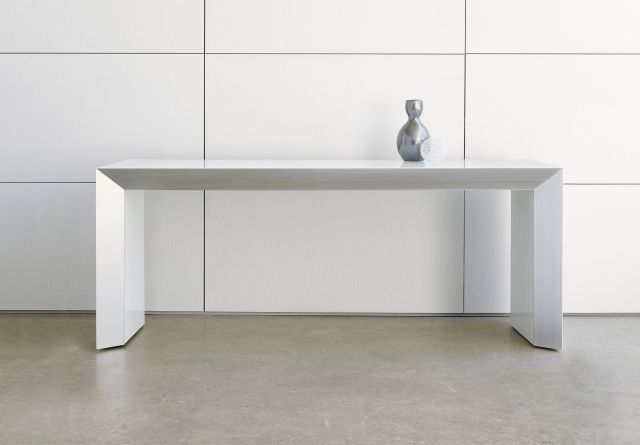 Tavola | Console | White Glass Top | With Vase