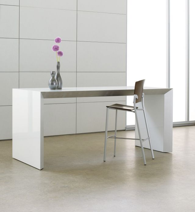 Tavola | Conference Table | Standing Height | White Glass Top