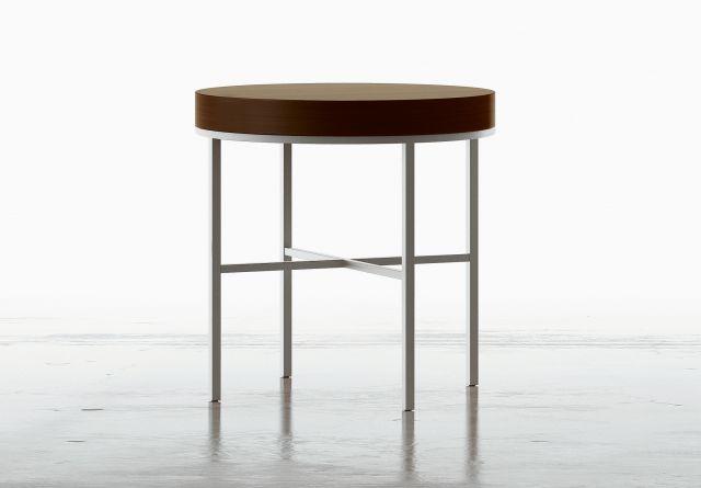 Tiro | Round End Table | M26 Walnut | Foil Powdercoat Veneer