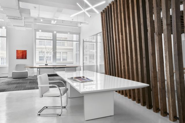 Tavola | Conference Table | White Glass Top | New York Showroom