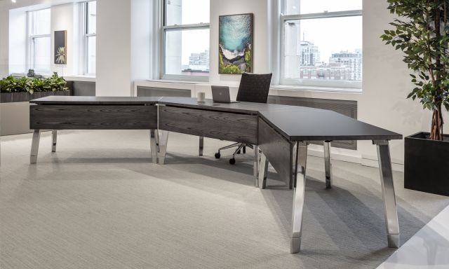 Agility | Reconfigurable Tables | Chicago Showroom